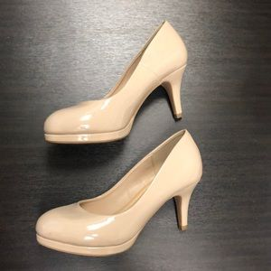 Shoes - Heels size 7 1/2